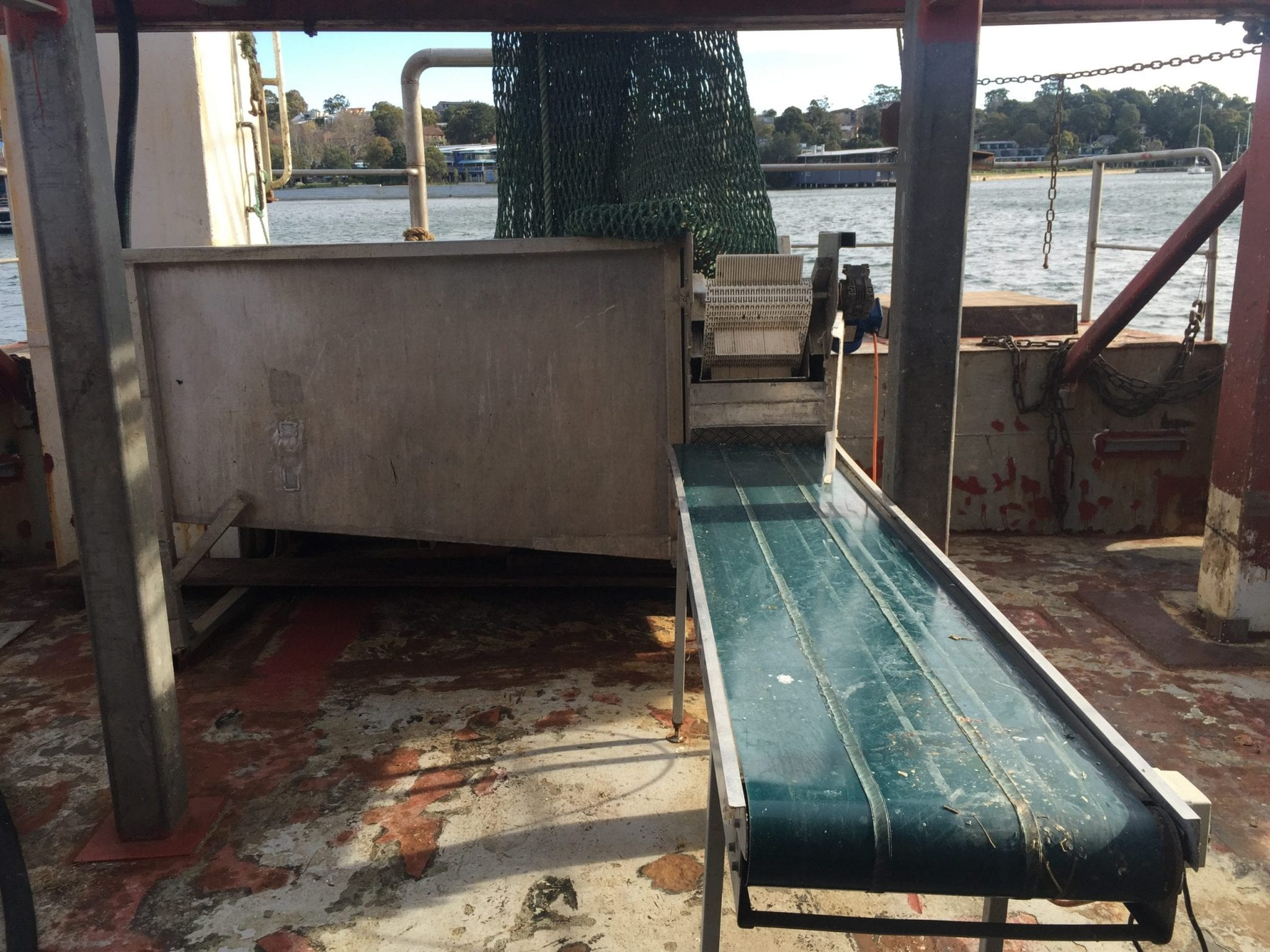 Fish-trawl-hopper-NSW